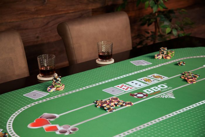 70'' Green Portable Poker Table Layout with Rubber Grip