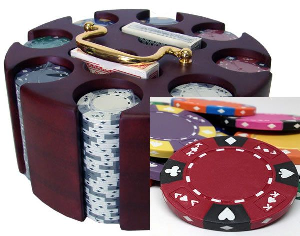 Ace King Suited 14 Gram Clay Poker Chips in Wood Carousel - 200 Ct.
