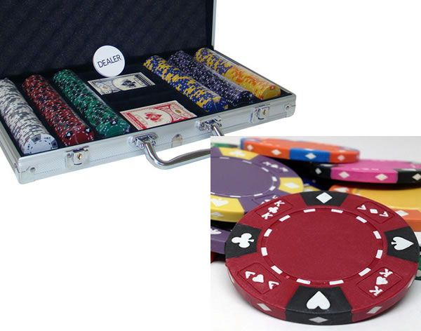 Ace King Suited 14 Gram Clay Poker Chips in Standard Aluminum Case 300 ct