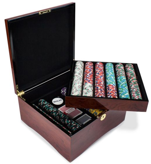 Poker Knights 13.5 Gram Clay Poker Chip Set in Mahogany Wood Case - 750 Count