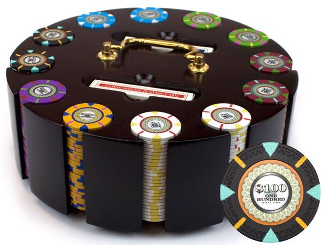 The Mint 13.5 Gram Clay Poker Chips in Wood Carousel - 300 Ct.